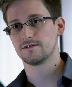 Edward Snowden. Photo by Laura Poitras / Praxis Films [CC-BY-3.0 (http://creativecommons.org/licenses/by/3.0)], via Wikimedia Commons