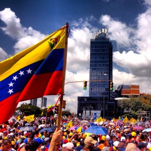 By durdaneta from Caracas, Venezuela (Bravo Pueblo #venezuela #12F #plazavenezuela) [CC-BY-2.0 (http://creativecommons.org/licenses/by/2.0)], via Wikimedia Commons
