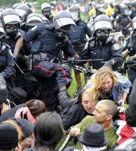 Toronto police during G20 protest 2011. Photo courtesy Police Brutality Info (www.policebrutality.info)