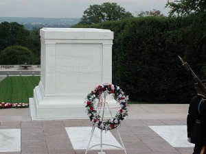 Tomb of the Unknown Soldier, Arlington National Cemetery. Photo via Wikimedia Commons