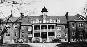 Photograph of the Mohawk Institute Indian Residential School in Brantford, Ontario, Canada in 1932. Photo by Public domain via Wikimedia Commons.