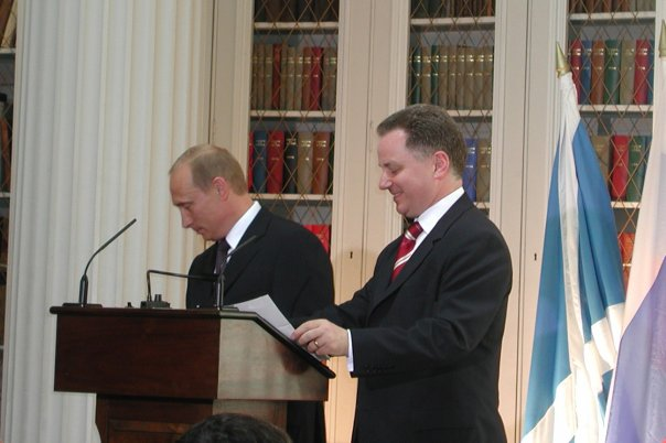 Scottish First Minister, Jack McConnell and Vladimir Putin, President of Russia. Photo by Kremlin.ru [CC BY 3.0], via Wikimedia Commons