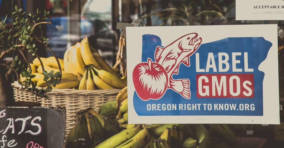 A sign in support of GMO labeling seen in North Portland, Oregon. (Photo: Tony Webster/flickr/cc)