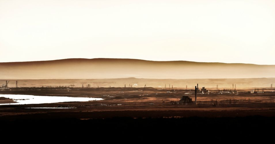 Sunrise at the Hanford nuclear site in Washington.  (Photo: Scott Butner/flickr/cc)