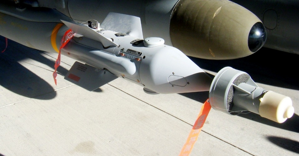 A Paveway laser-guided bomb, built by Raytheon beneath an RAF Harrier GR9. (Photo: MoD/Crown Copyright)