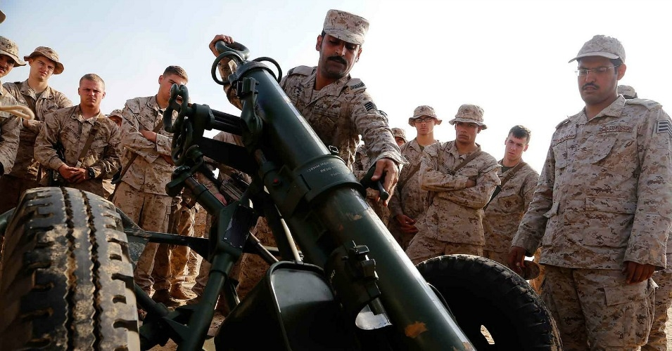 A joint weapons training exercise on how to operate an M67 120mm mortar system with the Royal Saudi Naval Forces and U.S. Marines. (U.S. Marine Corps photos by Gunnery Sgt. Rome M. Lazarus/Released)