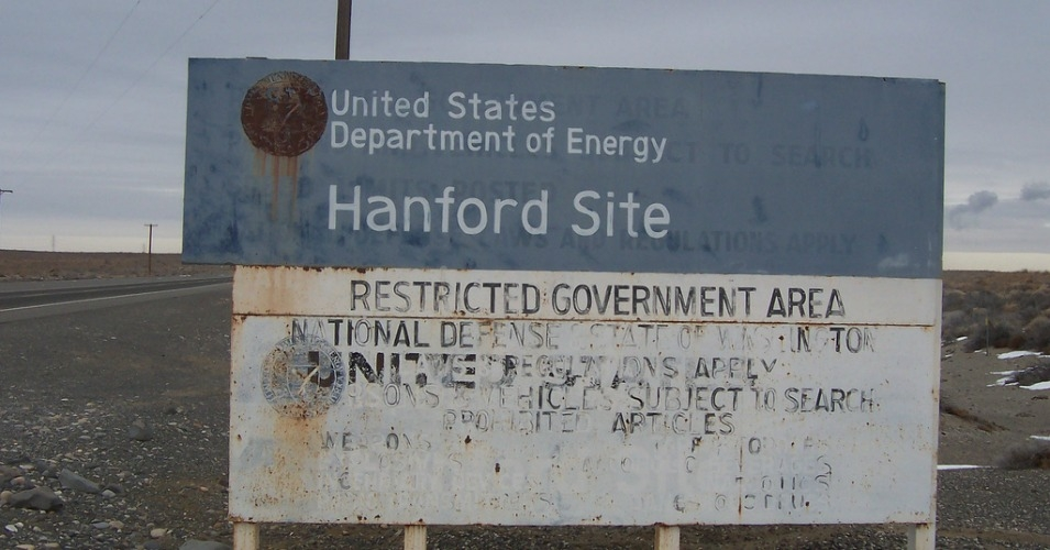 "DOE said Monday said the rupture was an ""anticipated"" result of ongoing efforts to fully decommission the most contaminated nuclear site in the nation. (Photo: Tobin/flickr/cc)"