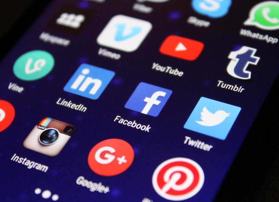 los-angeles-social-media