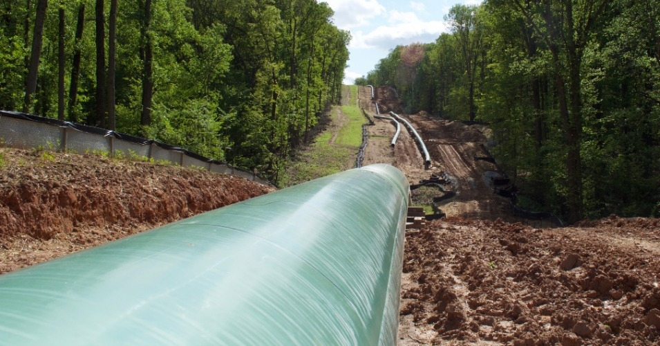 "It is widely expected that production in the Appalachian Basin region will double over current levels by the early 2030s, leading to an inevitable ""pipeline rush."" (Photo: Oil Change International)"
