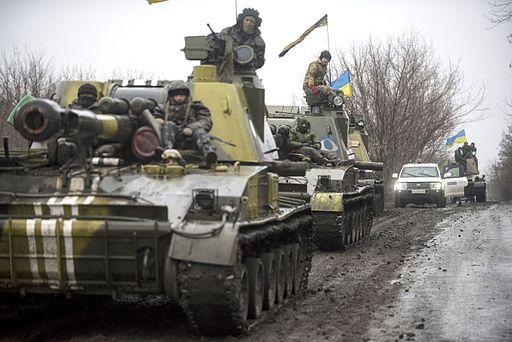 OSCE SMM monitoring the movement of heavy weaponry in eastern Ukraine, March 2015. Photo: OSCE Special Monitoring Mission to Ukraine [CC BY 2.0], via Wikimedia Commons